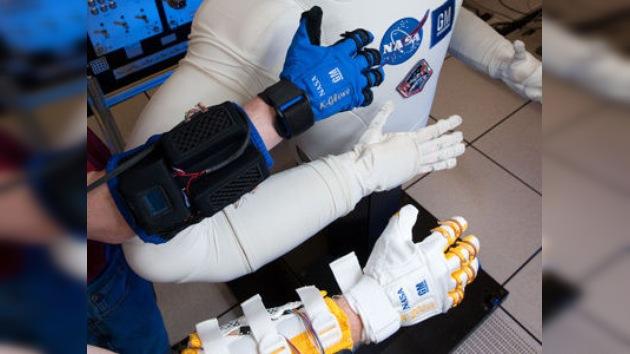 Robo-Glove: el guante de la NASA que ayudará a los astronautas