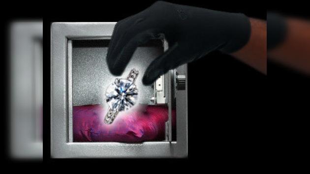 Roban en Cartier un anillo valorado en 700.000 dólares