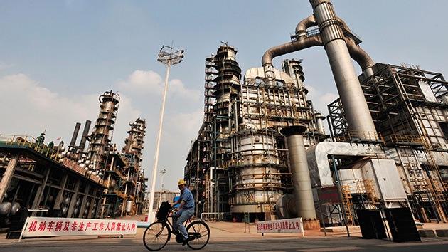 China, a punto de desbancar a EE.UU. como mayor importador de petróleo del mundo