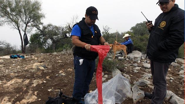 Detienen a dos policías por robar objetos del avión estrellado donde murió Jenni Rivera