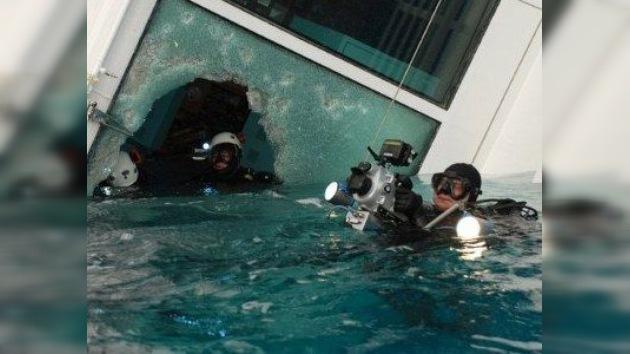Los buzos ultiman la operación de rescate en el crucero naufragado Costa Concordia