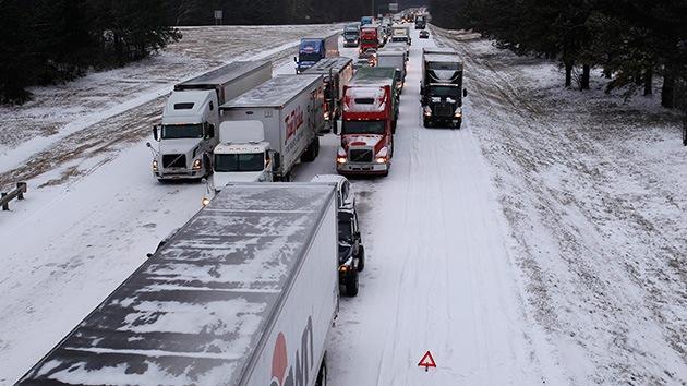 Videos: ¿Es falsa la nieve en EE.UU.?