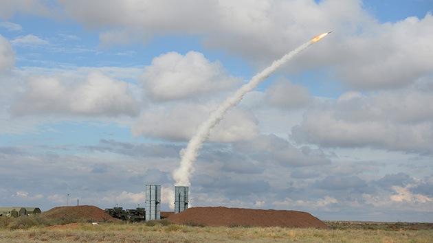 Experto: Siria resistirá contra EE.UU. mientras tenga misiles para los S-300