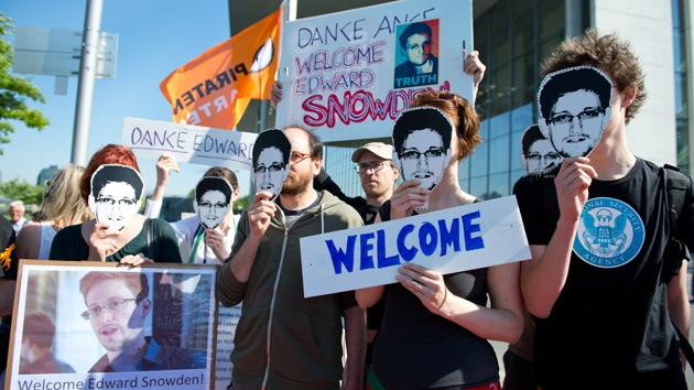 "Snowden: ""¿Porque estoy en Rusia? Pregúnteselo al Departamento de Estado"""