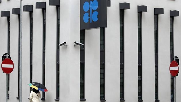 Ante la cumbre de la OPEP, Venezuela y Rusia defienden recuperar el precio del petróleo