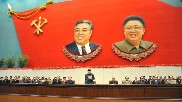 Corea del Norte cubre la entrada de su instalación nuclear para evitar el espionaje
