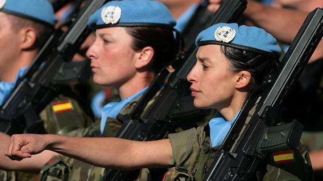 Despiden a una soldado española con cáncer por 'absentismo laboral'