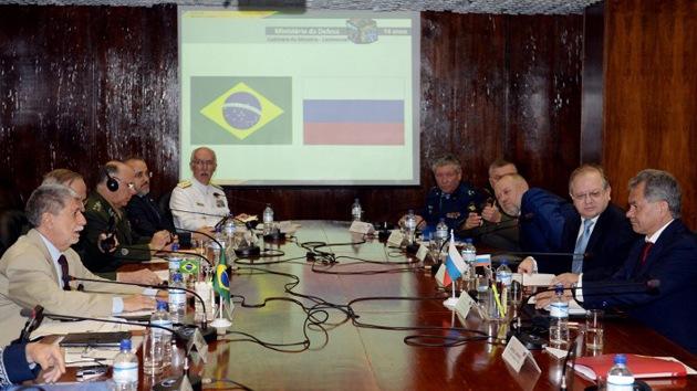 Brasil y Rusia negocian proyectos espaciales y militares conjuntos