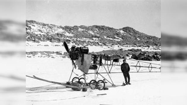 Descubren en la Antártida los restos de un avión de 1911