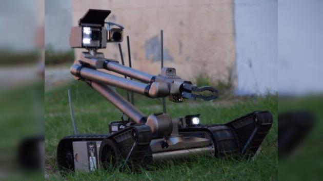 Los robots, los 'nuevos empleados' de Fukushima, empiezan a operar en la central