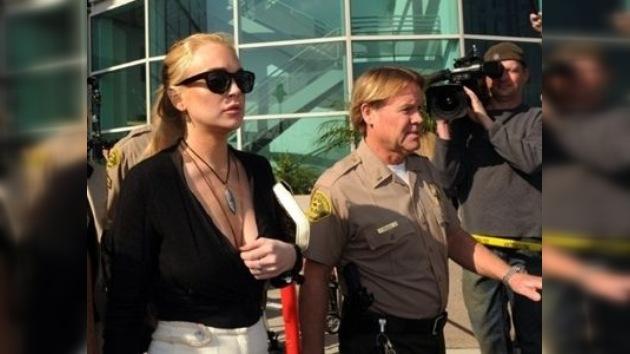 120 días de prisión para Lindsay Lohan por haber violado los términos de la condicional