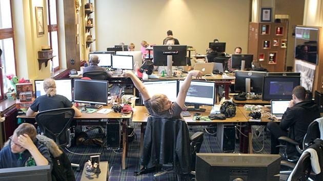 Suecia prueba una jornada laboral diaria de 6 horas