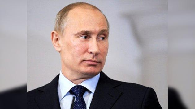 Putin deja la Presidencia del partido Rusia Unida