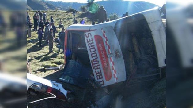Un accidente de autobús en Perú deja dos muertos y más de 20 heridos