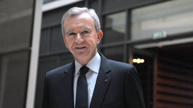 Francia discute sobre impuestos mientras su mayor fortuna se nacionaliza belga