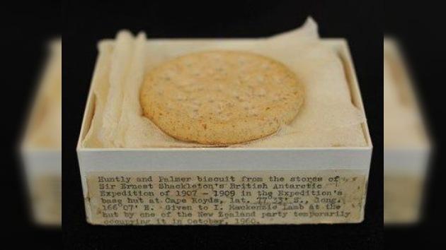 Christie's subasta una galleta de 100 años por 2.000 dólares