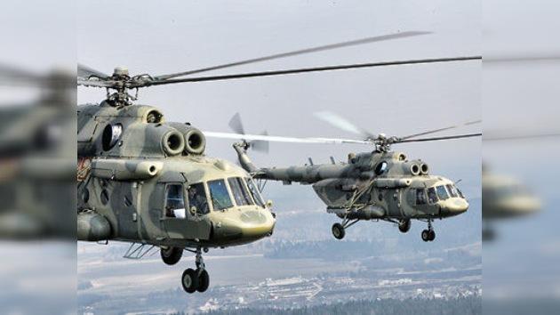 Helicópteros Mi-17 rusos vuelan de la FIDAE 2012 a Argentina