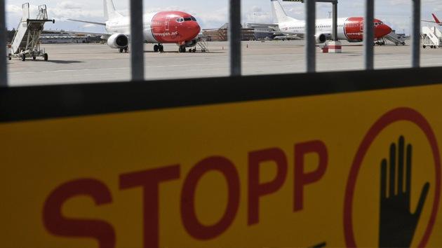 Evacuan el aeropuerto de Estocolmo por amenaza de una bomba