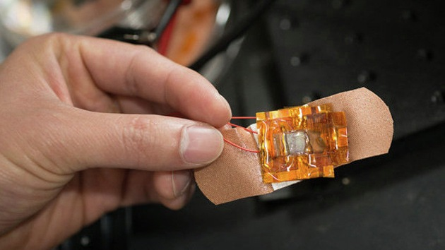 Físicos estadounidenses crean una 'piel' electrónica supersensible