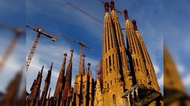Declaran un incendio dentro de la Sagrada Familia en Barcelona