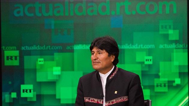 Evo Morales visita los estudios de RT
