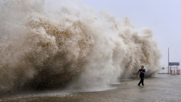 75 desaparecidos tras el hundimiento de 3 barcos cerca de China