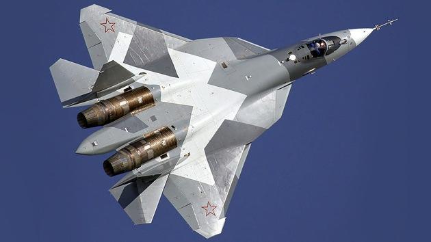 Los cazas rusos de quinta generación PAK-FA calientan nuevos motores