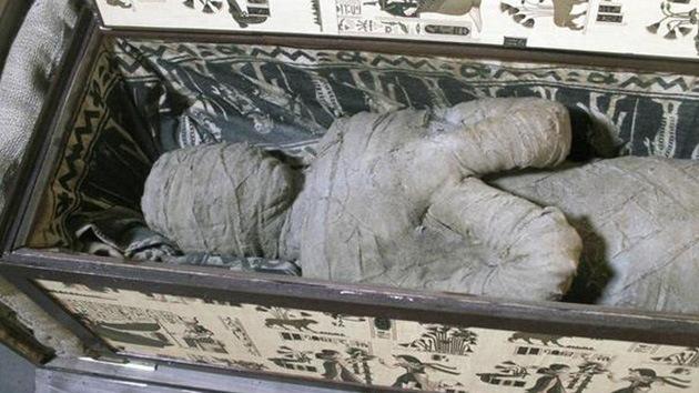 Momia de 3000 años hallada esperando la llamada de su PADRYE