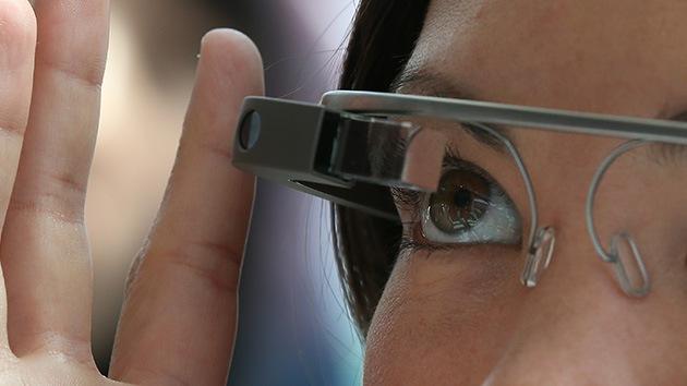 Google Glass ahora permite sacar fotos con solo guiñar un ojo