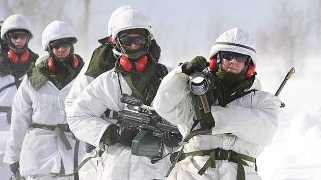 Canadá inaugura una base militar de entrenamiento en el Ártico