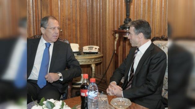 El Secretario General de la OTAN está de visita oficial en Rusia