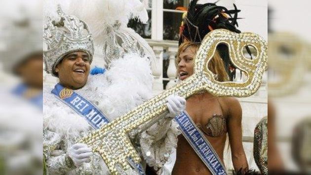 El carnaval brasileño establece un nuevo récord