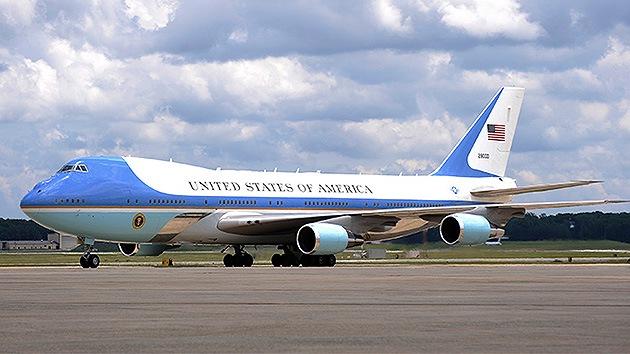 """'Hackean' la página de 'The WSJ' e informan de """"la desaparición del vuelo de Obama"""""""