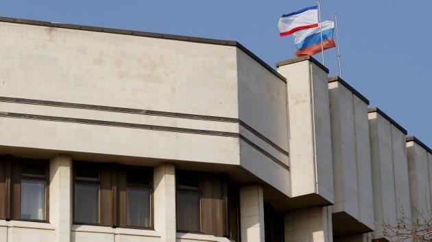 Parlamento de Crimea vota mayoritariamente por la reunificación con Rusia