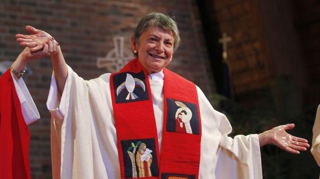 Otra mujer planta cara al Vaticano y se ordena sacerdote en Estados Unidos