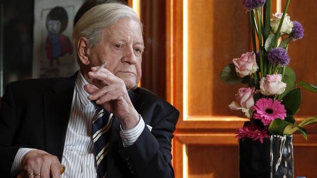 """Helmut Schmidt: """"Megalomanía de la UE provocaría la Tercera Guerra Mundial"""""""