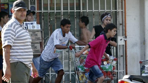 Las protestas de la Policía se extienden por Argentina: saqueos en Concordia