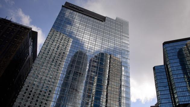 Un tercer banquero se suicida saltando desde la sede de JP Morgan en Hong Kong