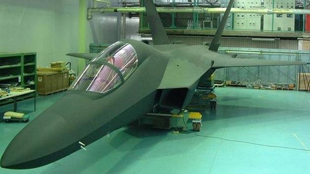 El novedoso caza furtivo japonés realizará su primer vuelo en 2015