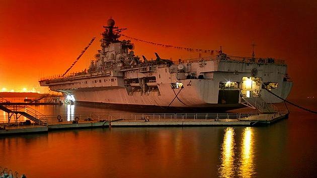 Vestigios de un imperio: China transforma dos portaaviones soviéticos en museos