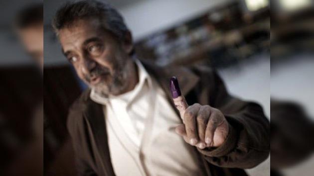 Localidades libias celebran sus primeras elecciones libres en 40 años