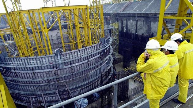 Irán está incrementando su tecnología nuclear, aseguran fuentes del OIEA