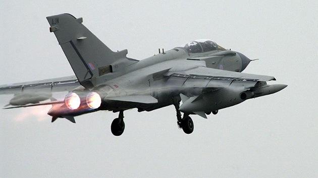 Reino Unido enviará a Irak aviones de combate para una misión humanitaria