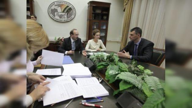 Aceptan los papeles de Mijaíl Prójorov como candidato a la presidencia de Rusia