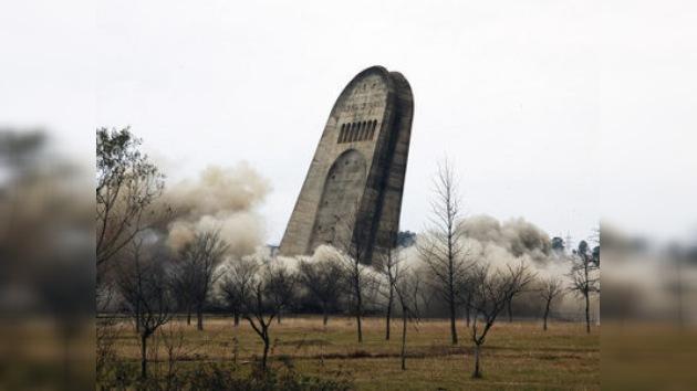 Rusia indignada por la demolición del monumento conmemorativo en Kutaísi