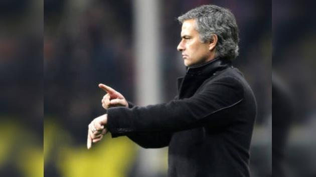 José Mourinho muy cerca de firmar por el Real Madrid