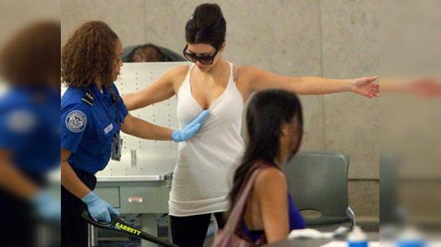 EE. UU. enducerece normas de control de pasajeros de aeropuertos