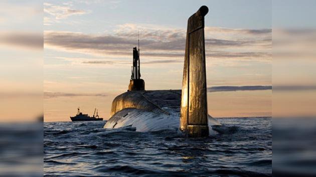 Dos misiles de prueba lanzados desde un submarino surcan Rusia en toda su extensión