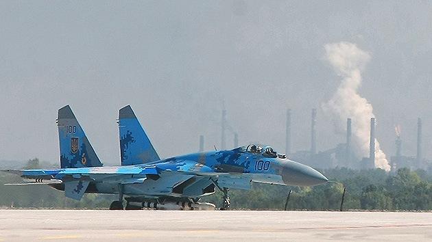Dos cazas lanzan ataques cerca del aeropuerto de Donetsk