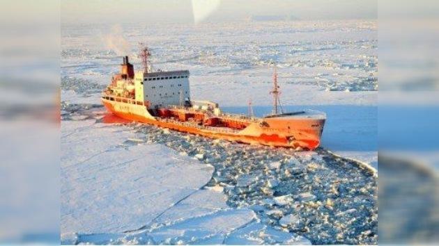 Los rusos vuelven a Alaska... para abastecer a una ciudad sin combustible
